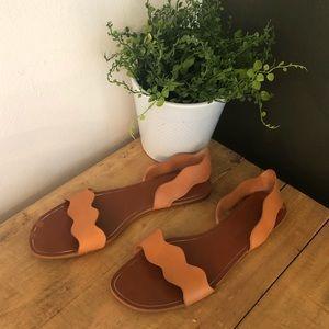 [Zara] Camel Leather Wavy Sandals - Size 9